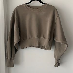 Aritzia garment dyed crop sweatshirt